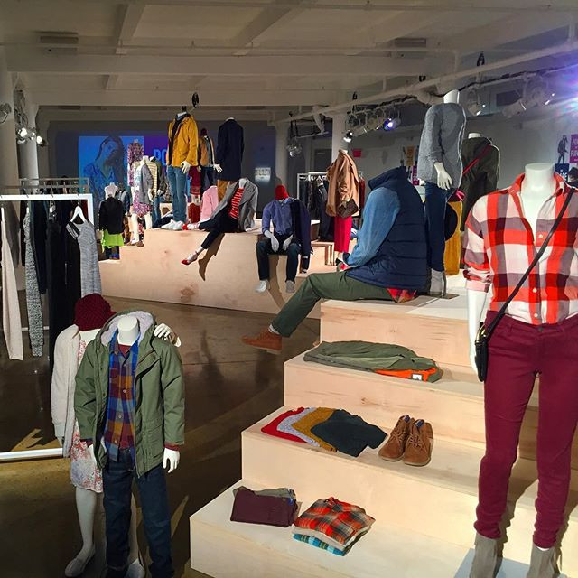I designed and implemented the lighting for Old Navy's fall fashion show with the support of ATD AV and 4Wall lighting
