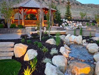 Landscape Design: Beautiful Yards Blend Hardscape and Softscape