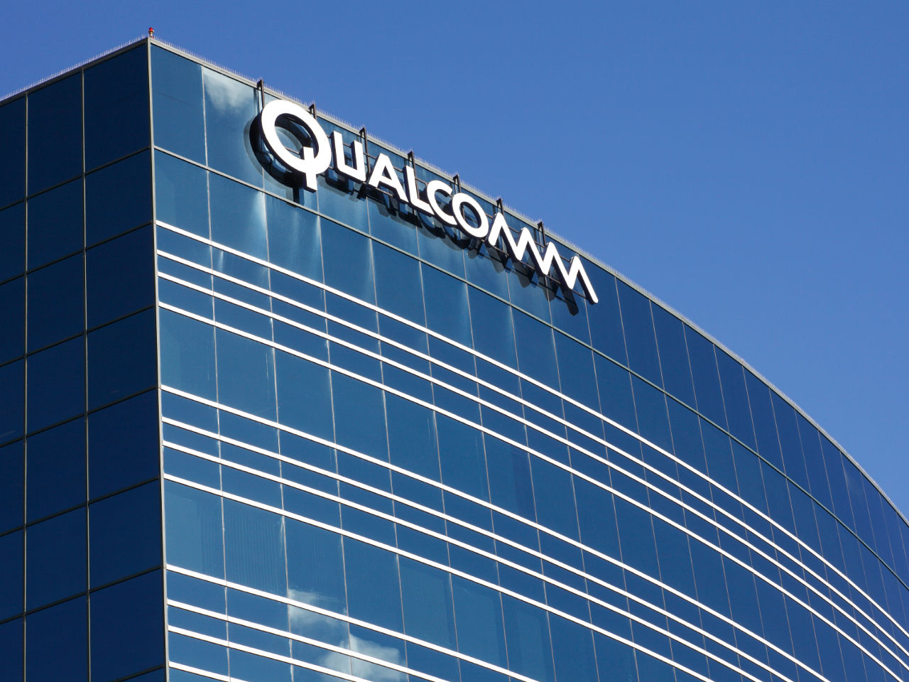 Qualcomm Sues Apple For Breach Of Software License Confidentiality