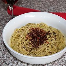 Spinach Fettuccini & Pesto