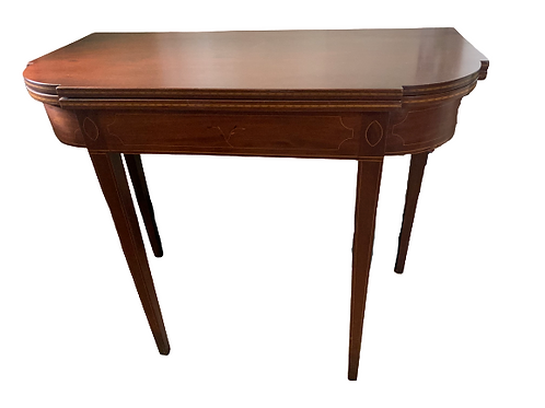 FEDERAL MAHOGANY HEPPLEWHITE CARD TABLE