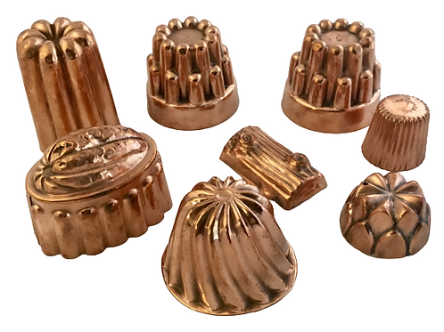 Set of eight copper small molds