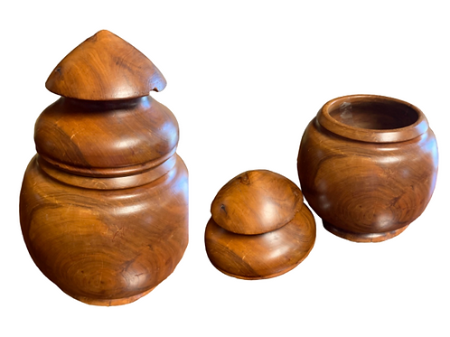 Apple wood treen tobacco jar C.1860s