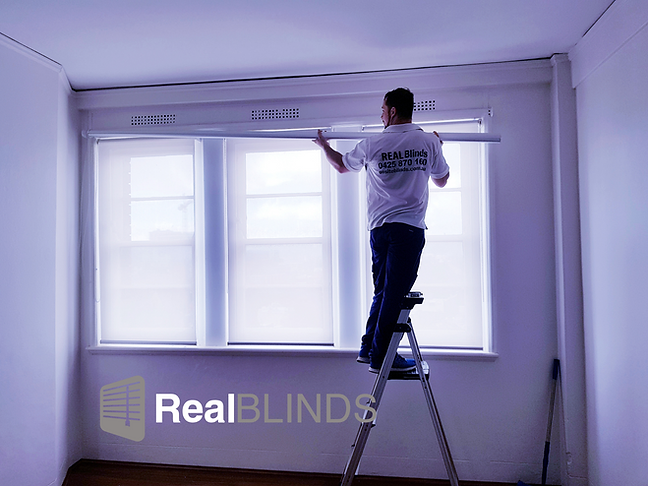 install roller blind real blinds.png