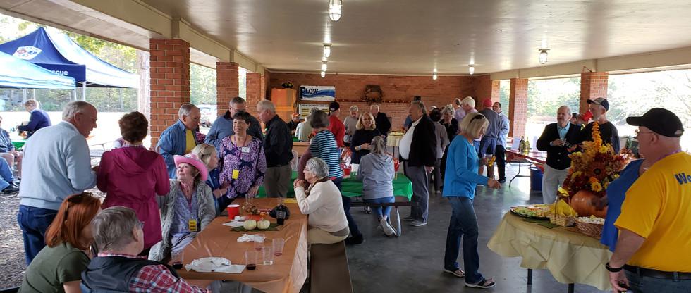 Hollyfield Park pavilion fundraiser