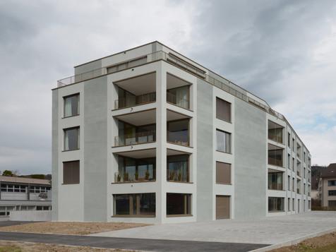 Wohn-/Geschäftshaus - Mettmenstetten