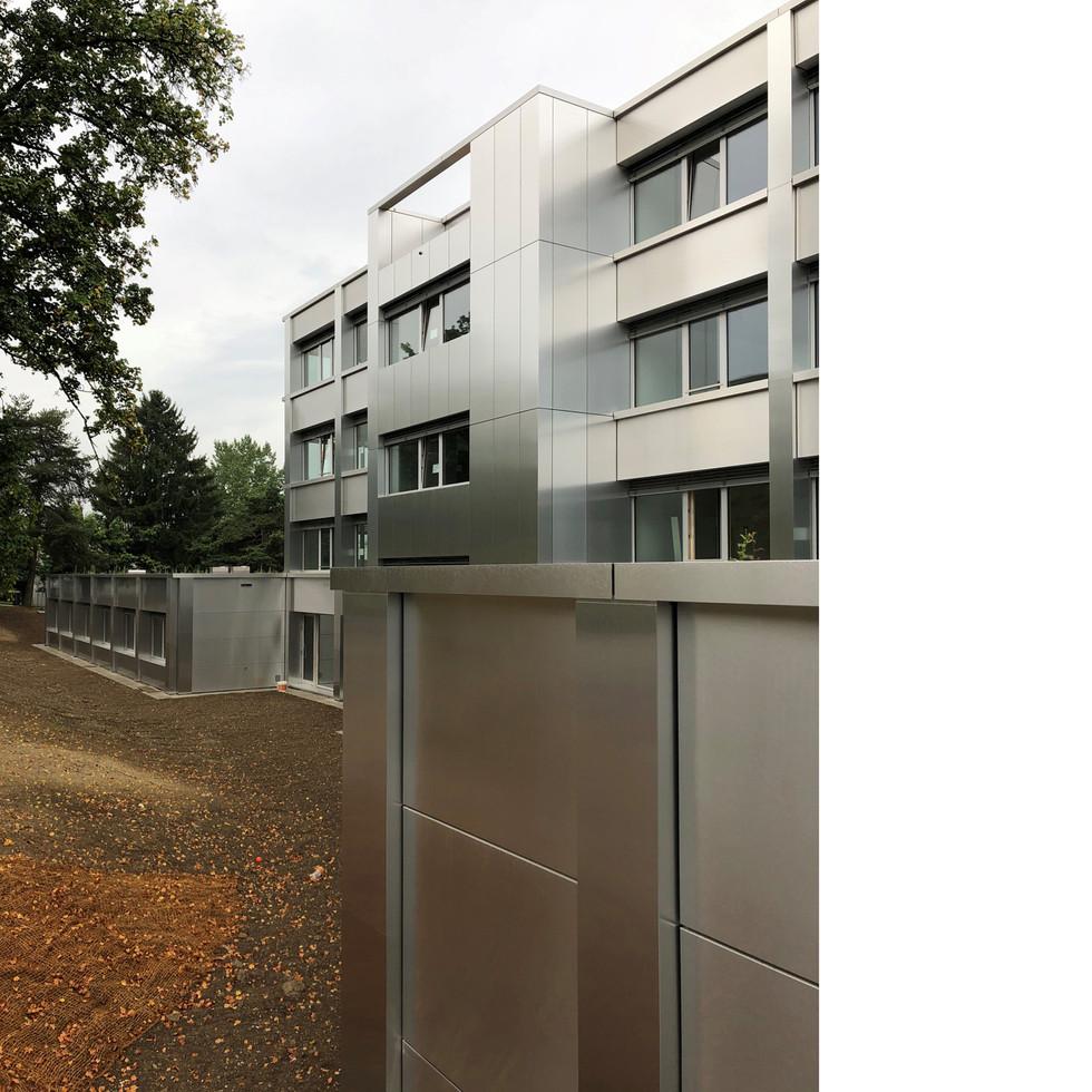 Komplettsanierung Bezirksschulhaus, Rothrist - Fertigstellung Fassade