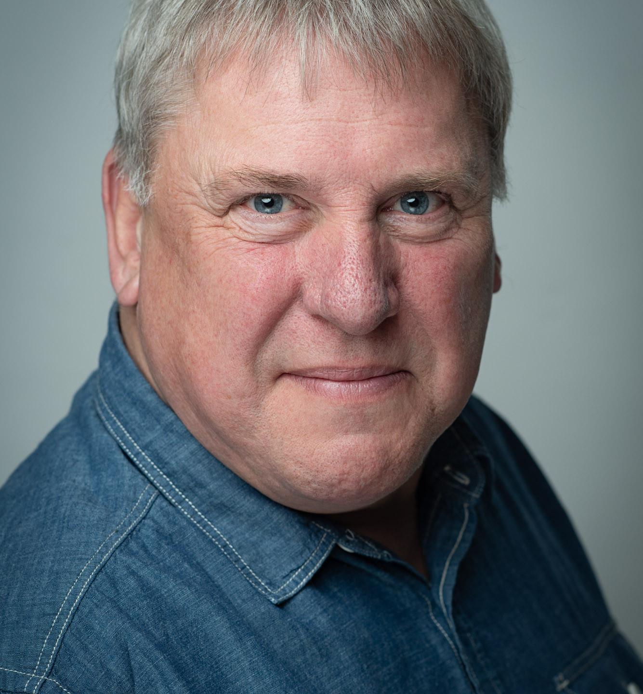 Dave Jordan Actors Headshot - the guy next door look
