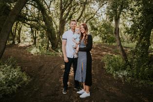 LLOYDMINSTER FAMILY PHOTOGRAPHER | THE SMITH FAMILY