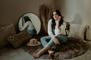 PORTRAIT PHOTOGRAPHY SESSION | JAZMIN | LLOYDMINSTER
