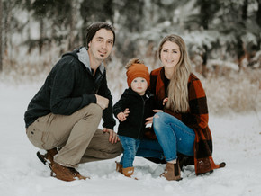 LLOYDMINSTER FAMILY PHOTOGRAPHER | THE FOLEY FAMILY