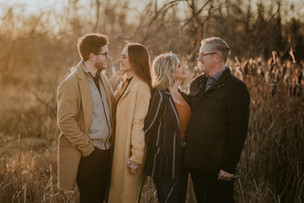THE BARNETT FAMILY | LLOYDMINSTER FAMILY PHOTOGRAPHER