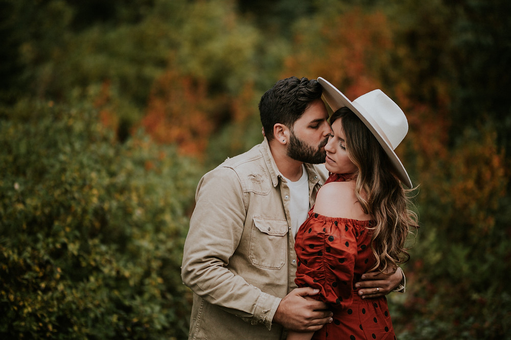 EMERALD LAKE YOHO NATIONAL PARK | COUPLES PHOTOGRAHY