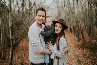 LLOYDMINSTER FAMILY PHOTOGRAPHER | THE METZ FAMILY