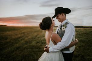 LLOYDMINSTER WEDDING PHOTOGRAPHER | BILLY + JESSY
