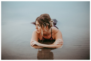 SHELBY   LLOYDMINSTER GRADUATION PHOTOGRAPHER