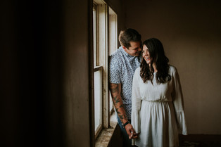 LLOYDMINSTER COUPLES PHOTOGRAPHER | TY AND ADRIANNA