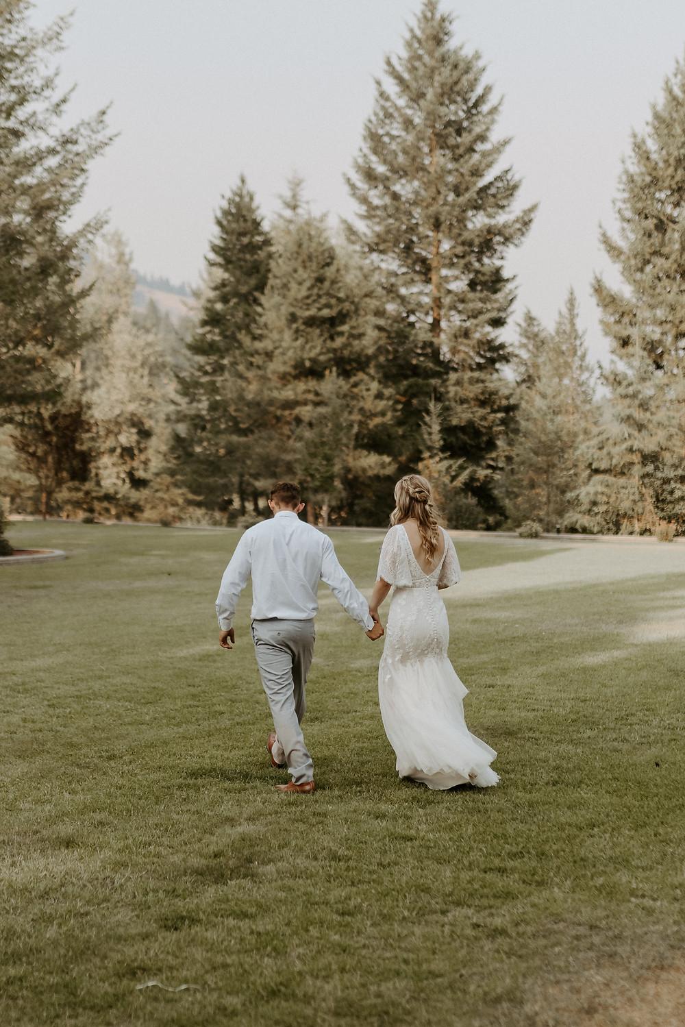 KELOWNA WEDDING PHOTOGRAPHER