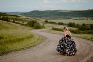 LLOYDMINSTER GRAD PHOTOGRAPHER | TARYN