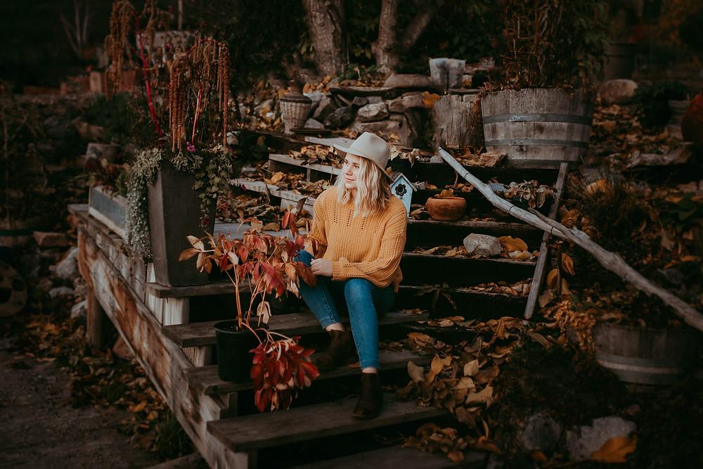 MADDY | PORTRAIT SESSION | GATZKES ORCHARD OYAMA, BC