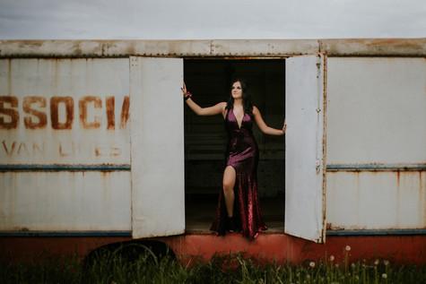 LLOYDMINSTER GRADUATION PHOTOGRAPHER | KASSIDY