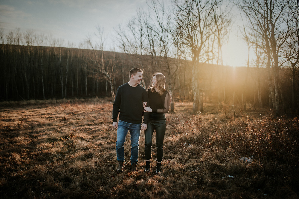 lloydminster engagement photographer - sarah thorpe photography