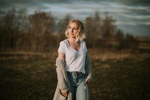 BRYNN | LLOYDMINSTER, AB PORTRAIT PHOTOGRAPHER