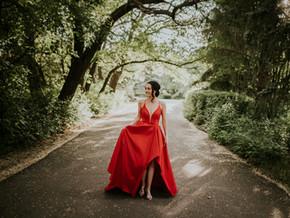 LLOYDMINSTER GRADUATION PHOTOGRAPHER | HANNAH
