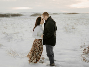 MIKE AND TAYLOR | LLOYDMINSTER COUPLES PHOTOGRAPHER