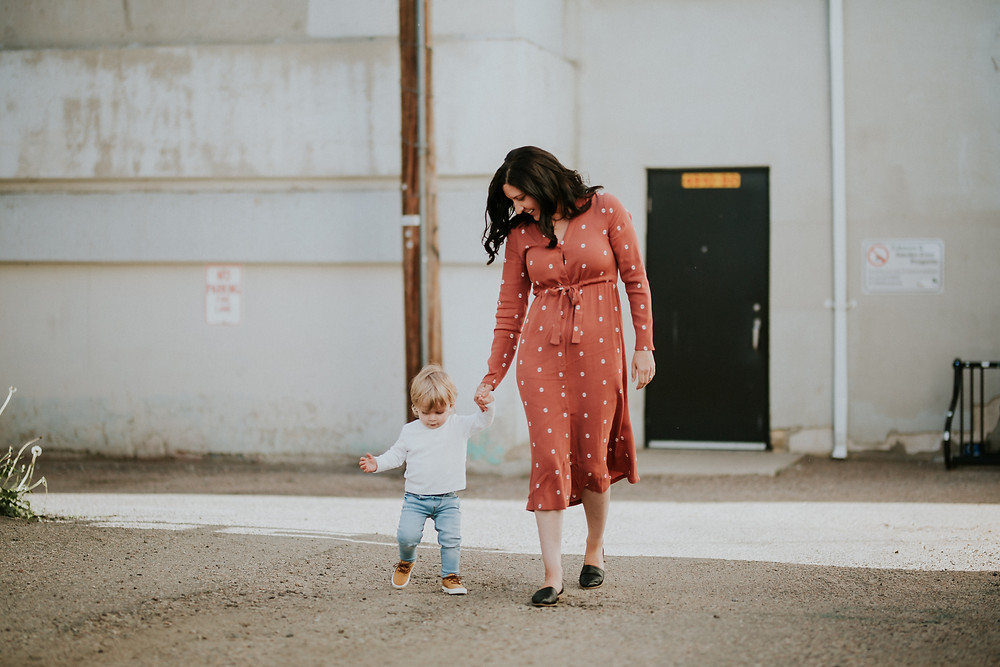 MOM AND ME SESSION | LLOYDMINSTER PHOTOGRAPHER