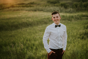 LLOYDMINSTER GRADUATION PHOTOGRAPHER | JORDAN