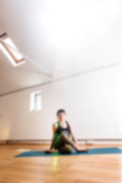 Beth_Yoga_2019-3725.jpg