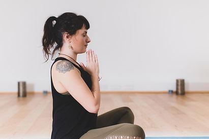 Beth_Yoga_2019-3660.jpg