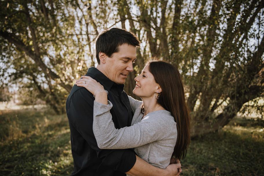 calgary-lifestyle-photographer,-couple.j
