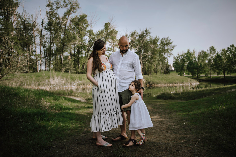Calgary Maternity Photographer.jpg