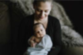 calgary-newborn-photographer,-online-gal