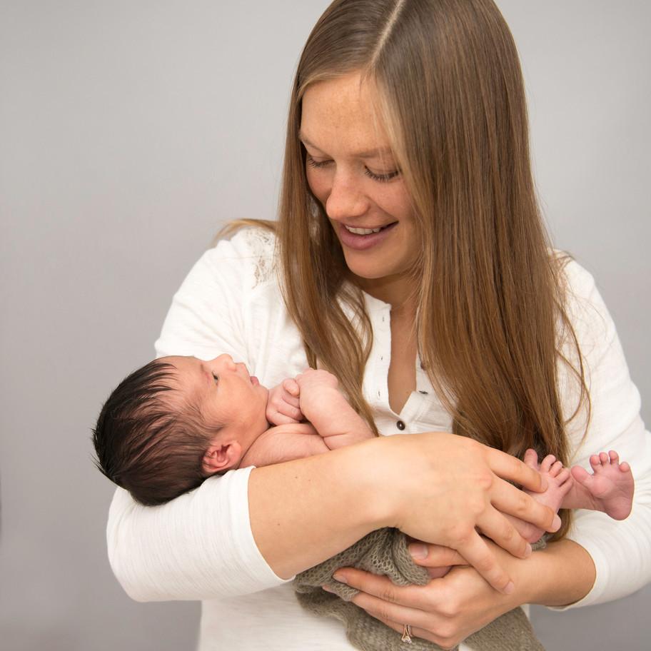 calgary-newborn-photographer-7.jpg
