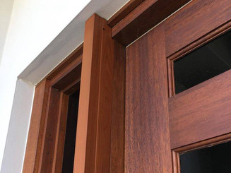 Woodgrain Screen with Build-out
