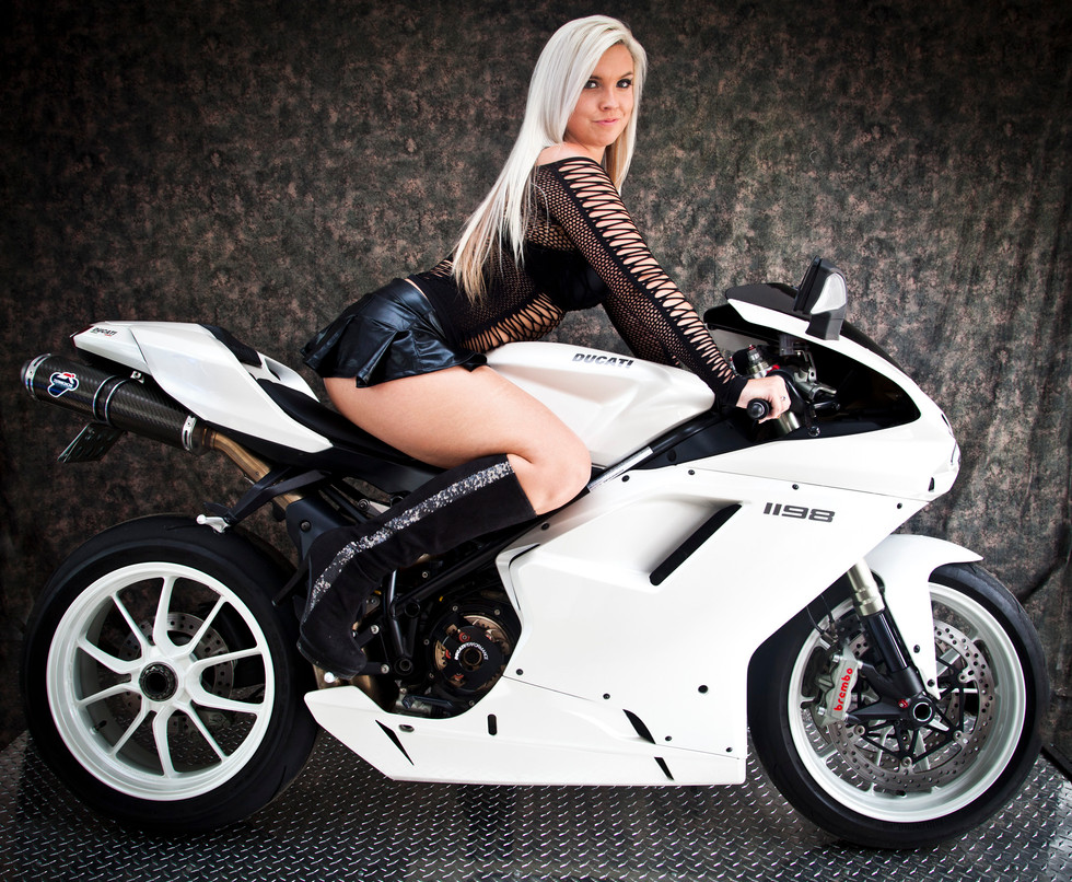 Professional Ducati Photography