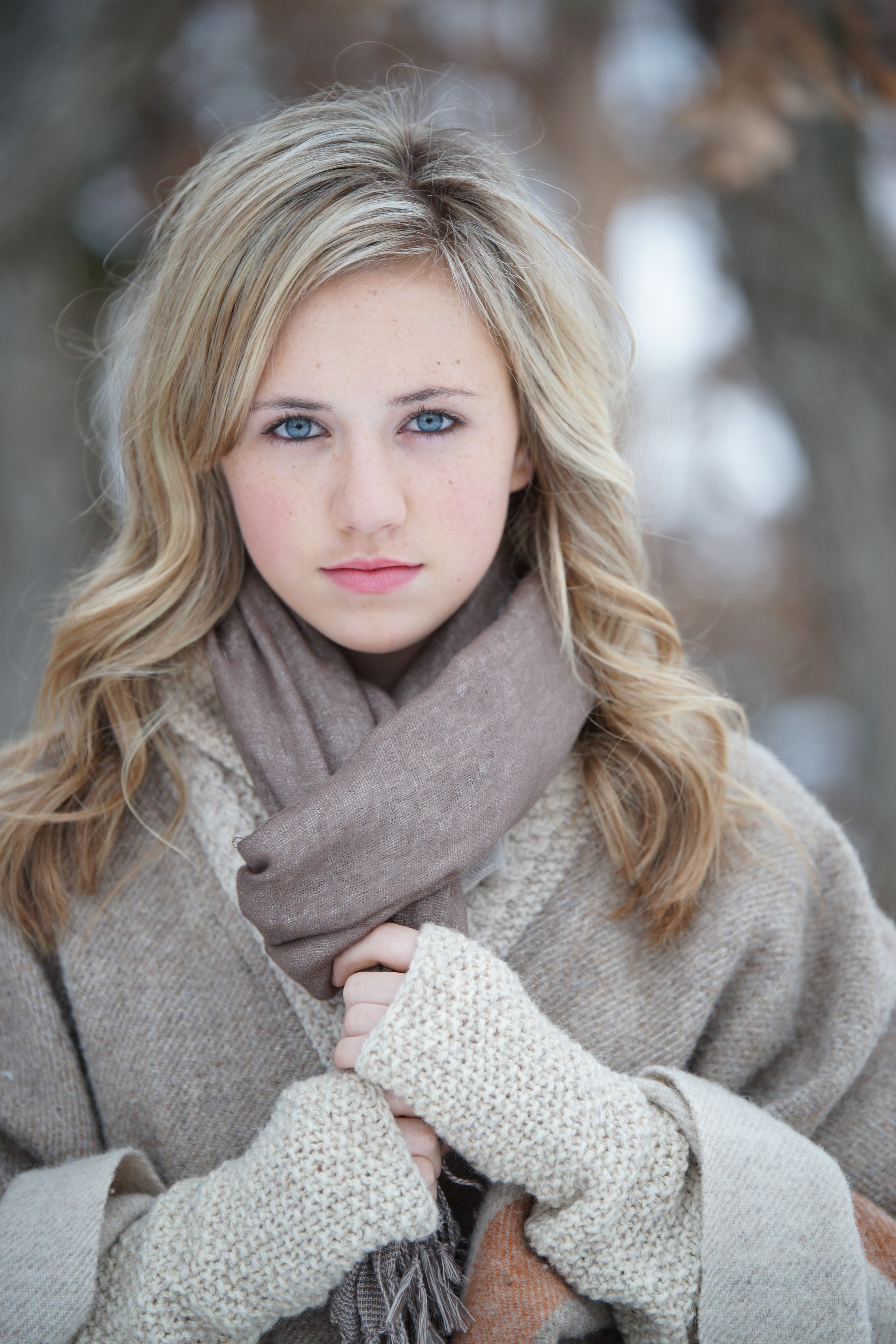 olivia_outdoor winter potrait