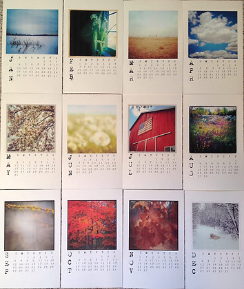 photo calendar with mini-clipbaord