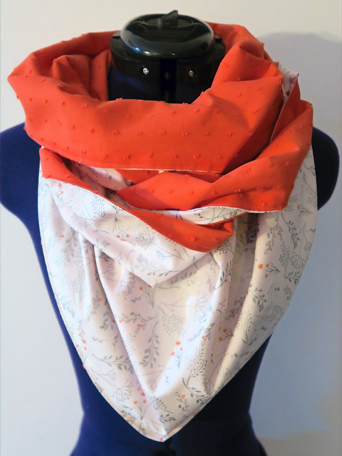 Foulard triangle réversible