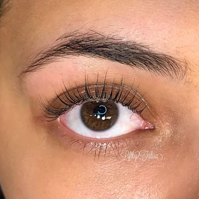 LALALA LASH LIFT🙌🏻✨swipe right to see before pics 🙊 Can you believe these are not eyelash extensi