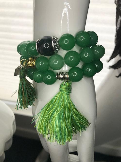 Jadeite beaded bracelt with handmade tassel
