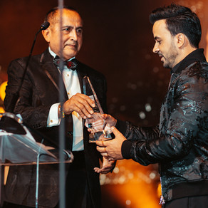 Luis Fonsi Receives SOMOS Humanitarian Award