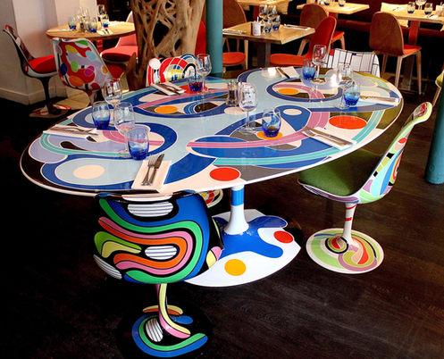 Table & Chaises Tulip Saarinen Knoll