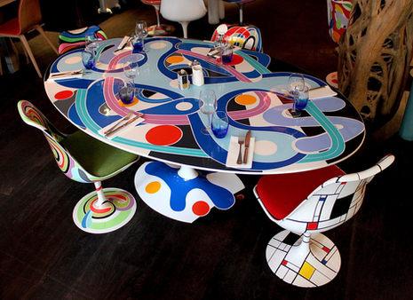 Table et Chaises Tulip Saarinen