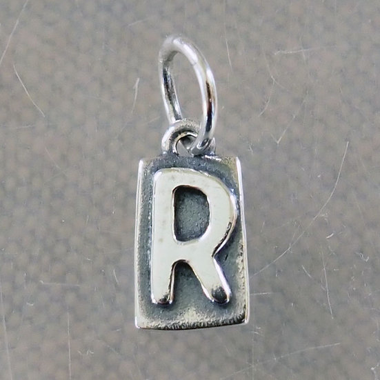 REVERSIBLE LETTER CHARM R1