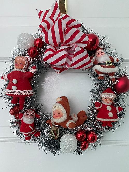 Vintage Kitsch Christmas Santa Mrs. Claus Wreath