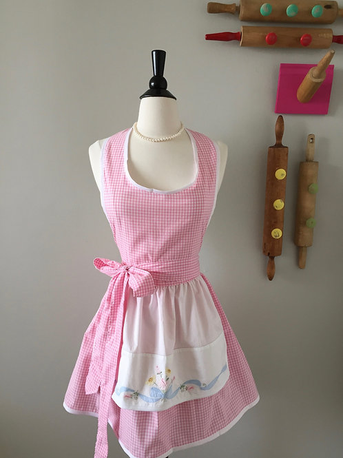 Daisys and Pink Gingham Vintage Fabric Apron